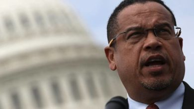 Photo of Ellison wants probe of abuse claims from Somali deportation flight