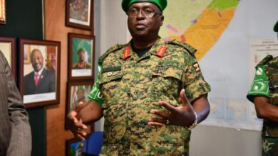 Photo of New AMISOM force commander takes office, vows to stabilize Somalia