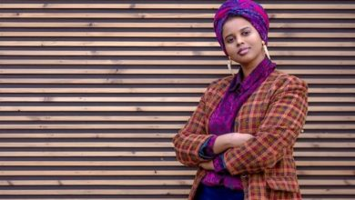 Photo of Somali-British poet Momtaza Mehri named young people's laureate for London