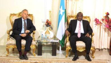Photo of Keating meets with Puntland President in Garowe