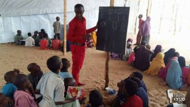 Somali students volunteer to educate IDP children in Mogadishu