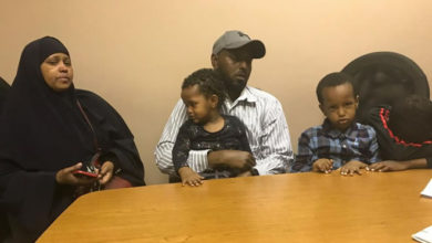 Photo of Edmonton father gets last-minute reprieve from deportation to Kenya
