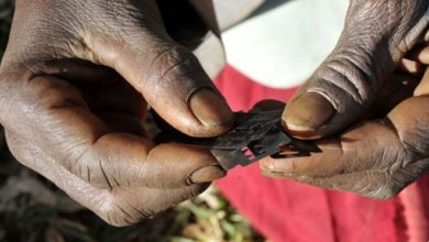 Photo of Somali father defends FGM after daughter, 10, dies