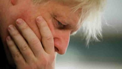 Photo of Boris Johnson must face full inquiry, Muslim leaders tell May