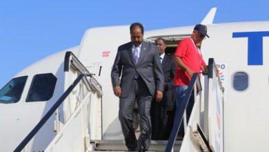 Photo of Former Somali president Hassan Sheikh arrives in Mogadishu