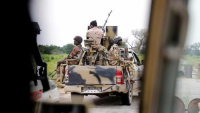 Photo of Islamist militants kill up to 30 Nigerian soldiers in attack on base