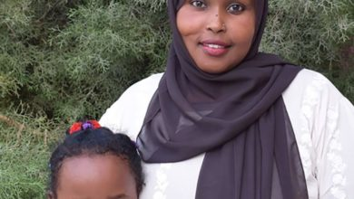 Photo of Somali mother reunited with daughter after three years apart
