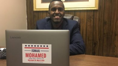 Photo of Somali lawyer urges voters to show 'we are a nation of immigrants'