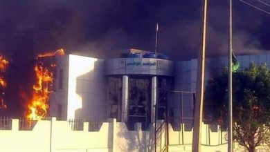 Photo of Sudan protesters torch ruling party HQ over rising prices