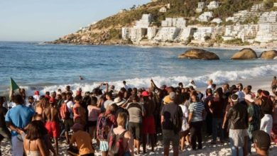 Photo of Cape Town race row erupts after 'black visitors cleared from beach'