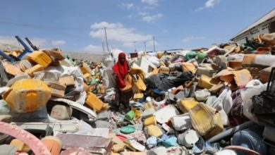 Photo of Somalis turn a profit by transforming their scrap plastic