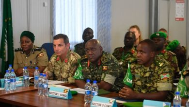 Photo of AMISOM reviewing logistical support offered to troops