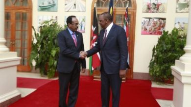 Photo of Somali President, Uhuru Kenyatta to meet in Kampala as row deepens over sea border