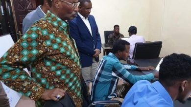 Photo of Finance chief pays visit to military registration centre in Mogadishu