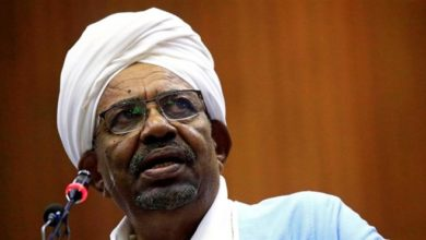 Photo of Sudan probes al-Bashir after 'large sums of cash found at home'