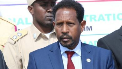 Photo of Mogadishu mayor calls for political stabilization in Somalia