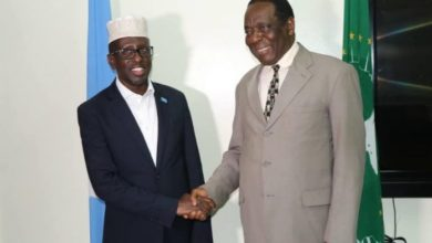Photo of Former Somali President Meets With AU Envoy For Somalia