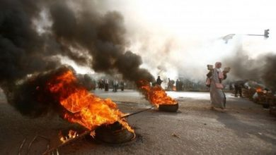 Photo of Sudan: gunfire heard as security forces move in on Khartoum protesters