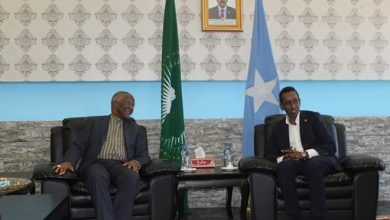 Photo of Somali foreign minister receives African Union delegation led by Mbeki in Mogadishu
