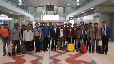 Photo of Thai trawler crew arrive in Bangkok from Somalia