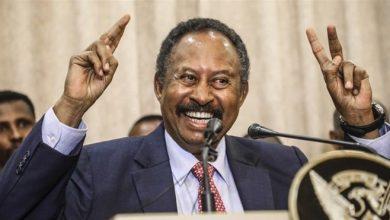 Photo of Abdalla Hamdok: Who is Sudan's new prime minister?