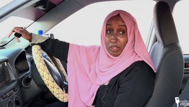 Photo of Bossaso's only female taxi driver inspires other Somali women