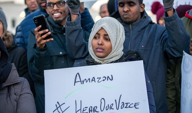 Photo of Minnesota Muslim Immigrants Take On Amazon