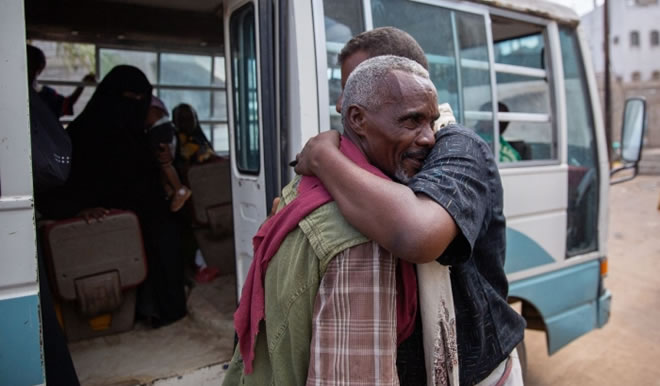 Photo of UNHCR and IOM: Over 5,000 Somali Refugees Voluntarily Returned Home from Yemen Since 2017