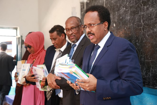Photo of Somali President launches over one million books for primary schools