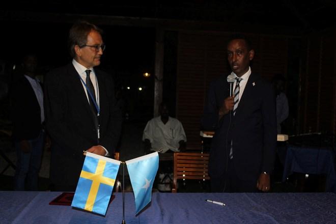 Photo of Somalia, Sweden ink MoU on diplomatic staff training