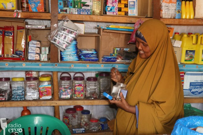 Photo of Businesses in southern Somali town of Dinsor get loans to survive blockade