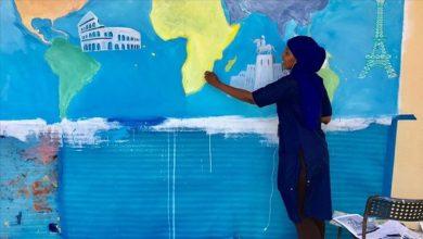 Photo of Somali woman promotes peace through art