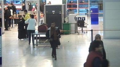 Photo of Somali man caught posing as woman to go to UK