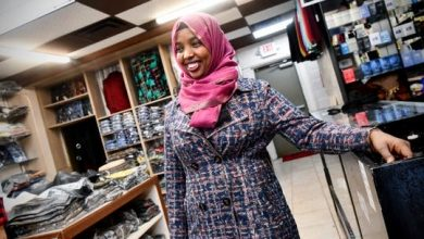 Photo of St. Cloud clothing store caters to younger generation of Somali shoppers