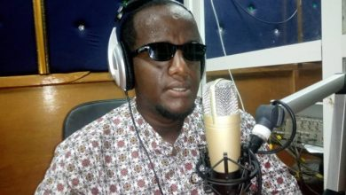 Photo of Blind Somali journalist uses radio show to inspire others with disability