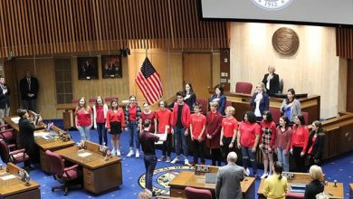 Photo of Pro-refugee resolution passes Arizona Senate after push from local activists