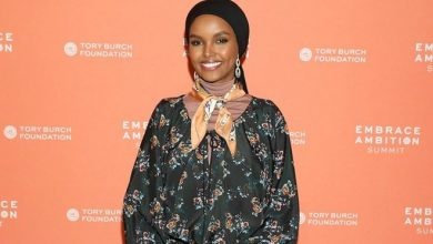 Photo of Halima Aden teams up with UNICEF on home-schooling videos