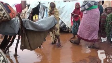 Photo of Outcry as families in Beletweyn IDP camps sleep out in pouring rain