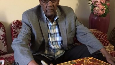 Photo of Hassan Nor, Somali elder and artist whose work depicted pre-war Somalia, dies of COVID