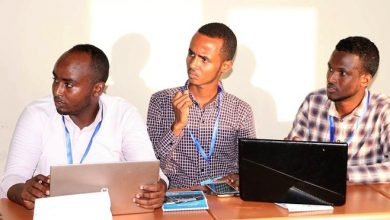Photo of Keeping students connected in Somalia