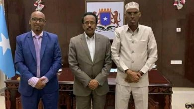 Photo of Farmaajo meets HirShabelle state speaker as country awaits new PM