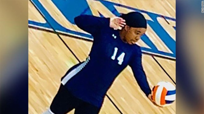 Photo of A Muslim athlete was disqualified from her high school volleyball match for wearing a hijab