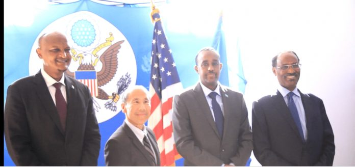 Photo of US And Somalia Sign Bilateral Agreement On Paris Club Debt